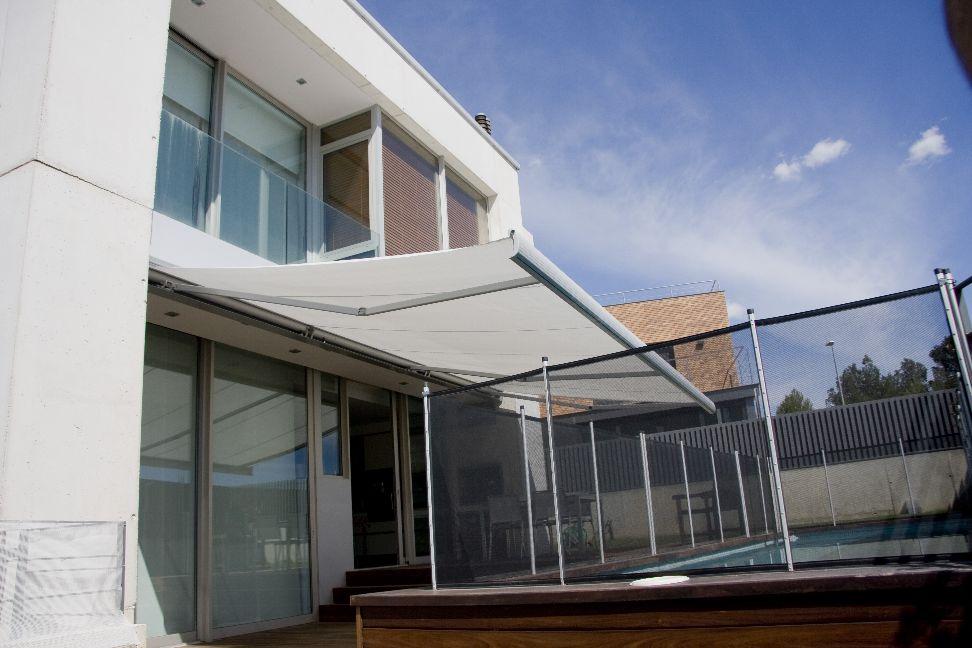 Ferasol soluciones t cnicas de protecci n solar productos - Toldos para lluvia ...